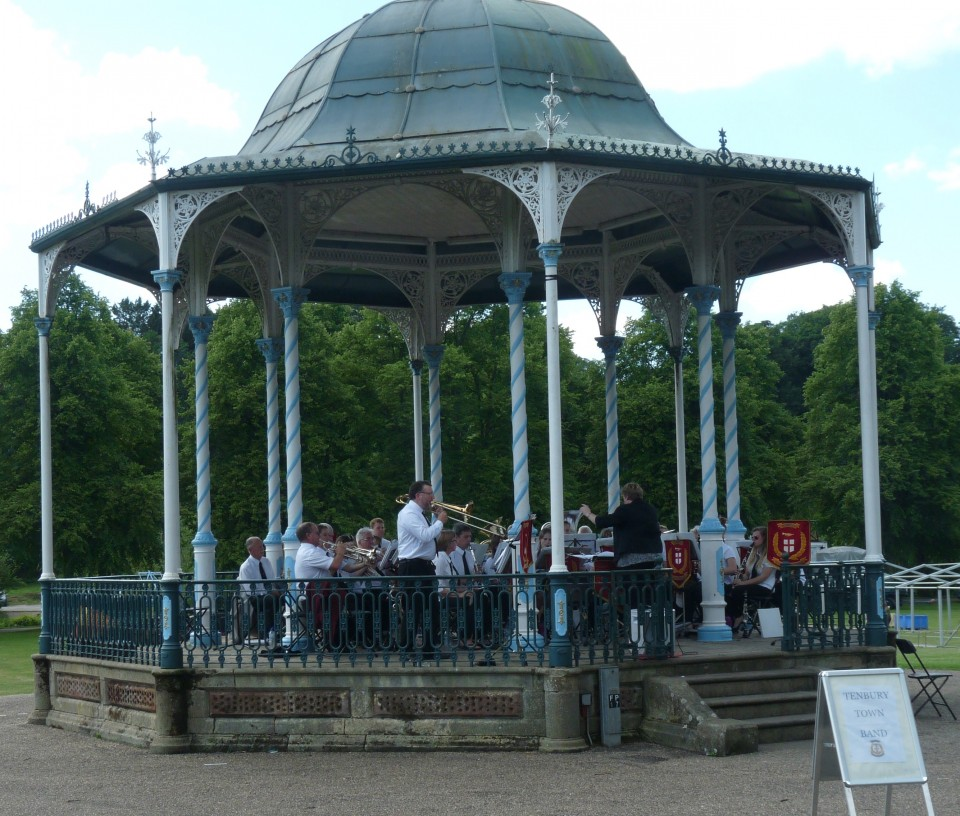 Quarry Bandstand - Tenbury Town Band